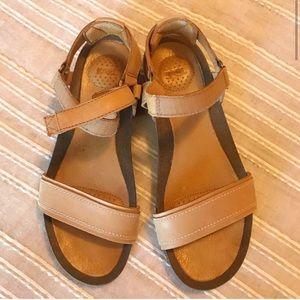 Tan Velcro Teva Sandals Size 8